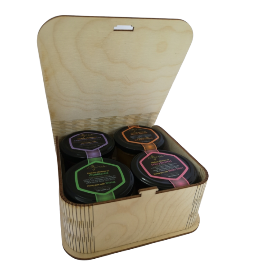 SET OF 4x120gr IN WOODEN BOX